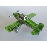 Flygplan av återvunnen metall. Madagaskar. Fair Trade.