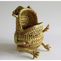 Godis-groda av flätad vass, för förvaring. Från Madagaskar.