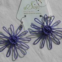 Daisy Earrings Violett. Fair Trade. Sydafrika.