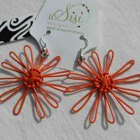 Daisy Orange Earrings. Fair Trade. Sydafrika.